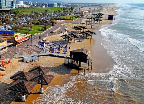 חוף דדו חיפה (צילום ארכיון: צבי רוגר)